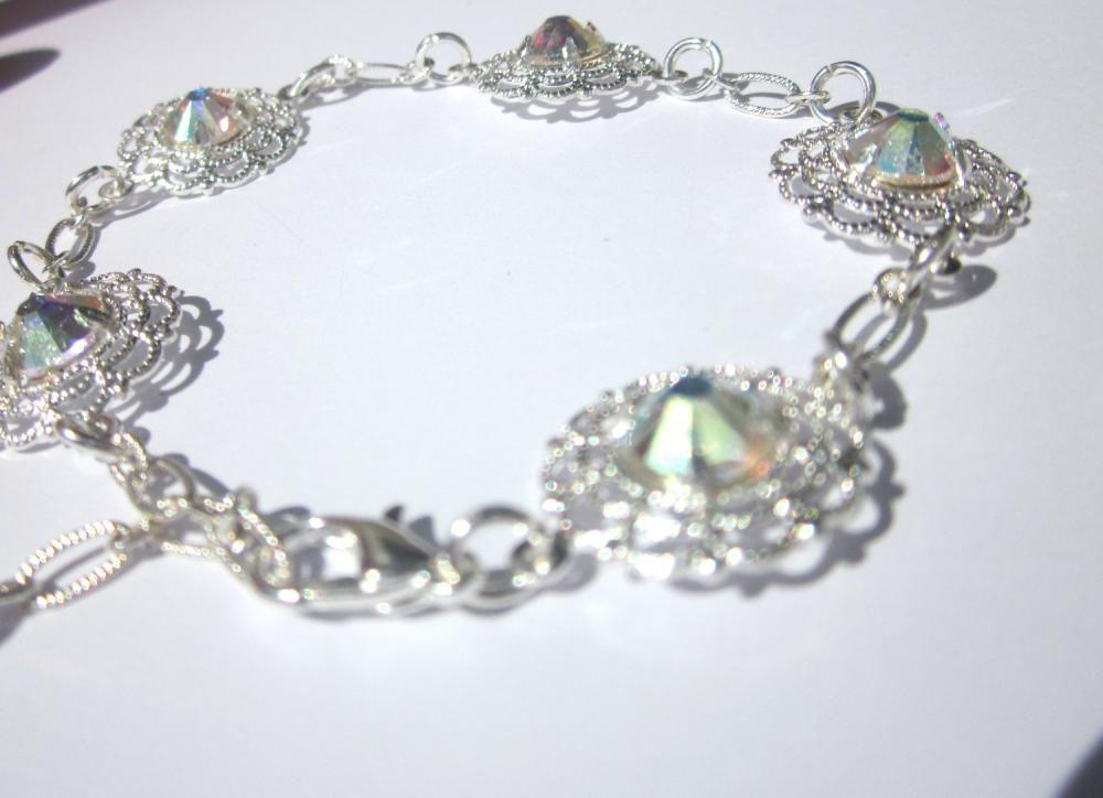 Swarovski Crystal flowered link bracelet, summer jewelry, sparkle