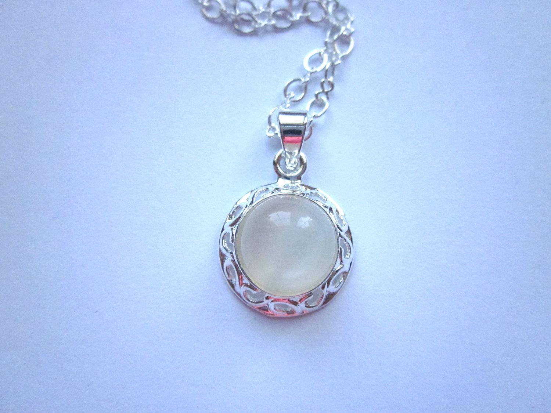 moonstone gemstone necklace on luulla